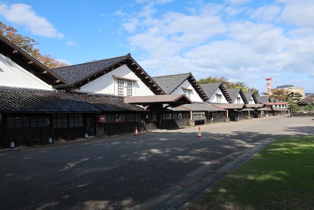 山居倉庫1